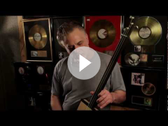 Pete Anderson endorses his Hobo King cigar box guitar